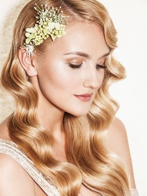 THE BEST BRIDAL HAIR & WEDDING HAIR IDEAS AT HAIR LAB SALON IN WOKING