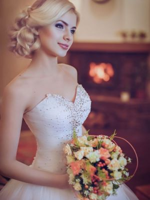 side parted hairstyles for brides at hairlab hair salon in Woking