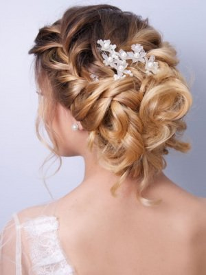 modern hairstyles for brides at hairlab hairdressers, woking